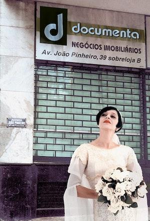 Leves defeitos (Documenta), 2002