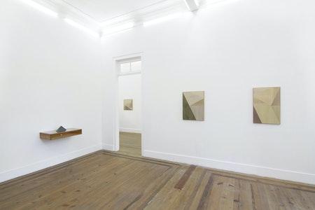Vista da exposição 'Luz Partida', 2017